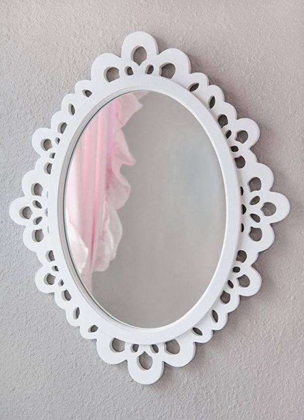 Oval Wall Mirror - Highly Decorative Wall Accessories