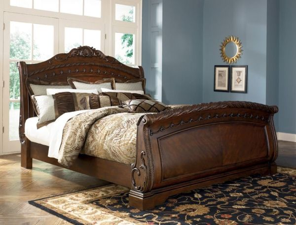 Ashley North Shore 6-6 King Sleigh Bed