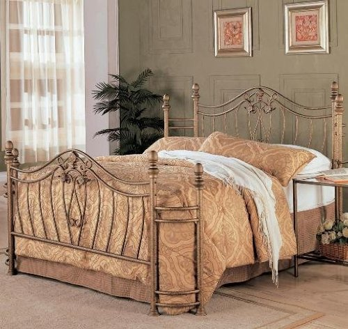 Coaster Fine Furniture Metal Bed Headboard and Footboard Queen Gold Finish