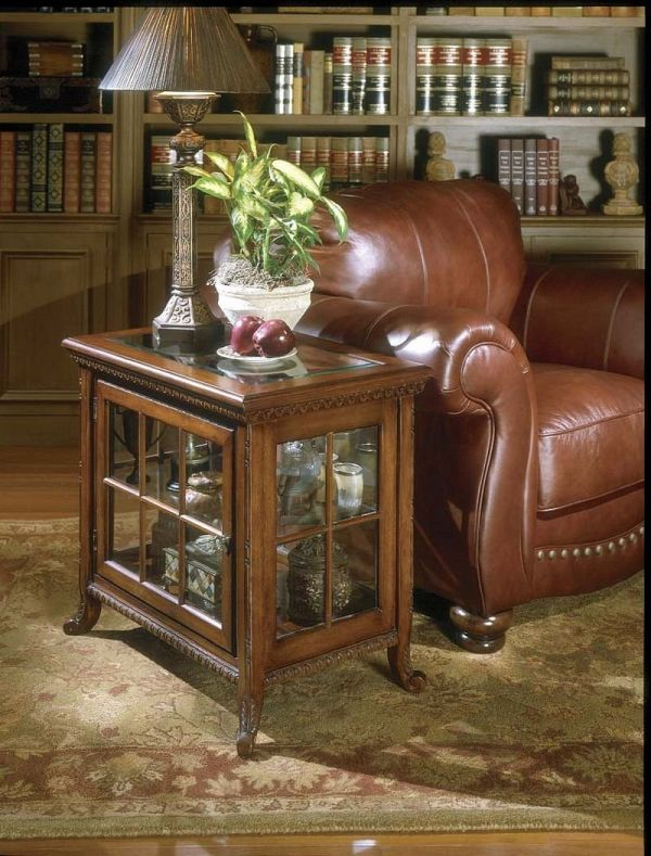 Chairside Curio w Inset Glass Top