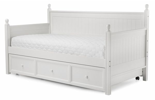 Casey II Wood Daybed with Ball Finials and Roll Out Trundle Drawer White Finish Twin