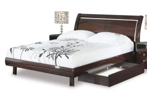 Global Furniture Emily Collection MDF Wood Veneer Queen Bed, Wenge