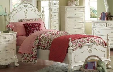 Cinderella Full Bed by Homelegance in Off-White Cream
