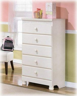 Cottage Cream Colored Bedroom Chest
