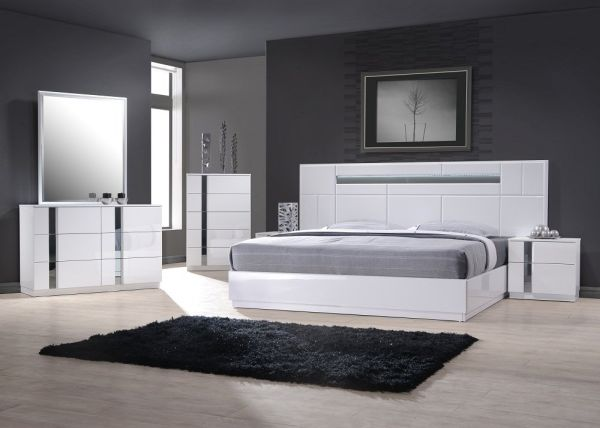 JM Furniture Palermo White Lacquer With Chrome Accents Queen Size Bedroom Set