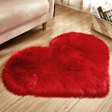 Nuxn 40 x 50cm Heart Shape Faux Sheepskin Rug Soft Long Plush Fluffy Shaggy Carpet Area Mats Rugs Bedroom Sofa Decorative Floor Carpet