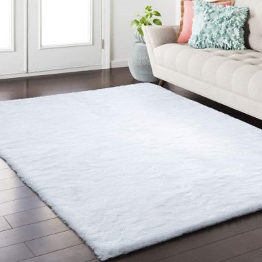 Softlife Fluffy Faux Fur Rug 3' x 5' Soft Area Rugs for Bedroom Girls Room Living Room Home Decor Floor Carpets, White Rectangle