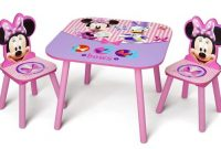 Delta Children Kids Table and Chair Set (2 Chairs Included) - Ideal for Arts & Crafts, Snack Time, Homeschooling, Homework & More, Disney Minnie Mouse
