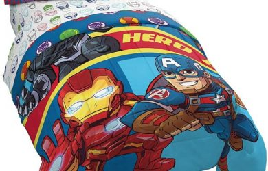 Marvel Super Hero Adventures Double Team 4 Piece Twin Bed Set - Includes Reversible Comforter & Sheet Set Bedding Features Avengers - Super Soft Fade Resistant Microfiber - (Official Marvel Product)
